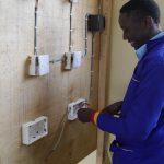 Schulgebühren für die Berufsausbildung rehabilitierter Straßenkinder in Nairobi, Kenia